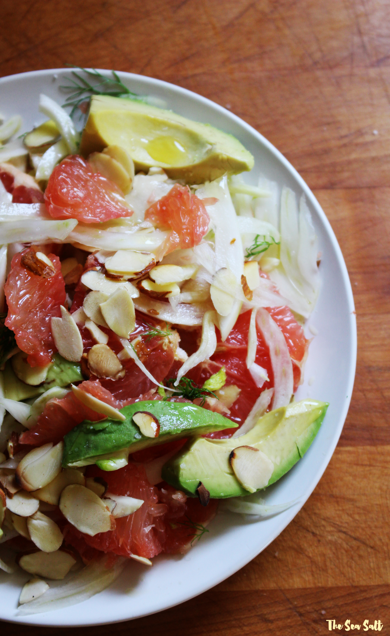 Fennel Salad with Avocado, Grapefruit and Almonds