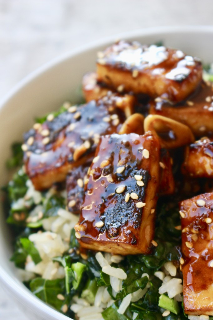 Sesame Ginger Tofu Bowl with Kale Rice
